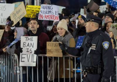 Demonstrations at JFK Airport against detentions of Muslim