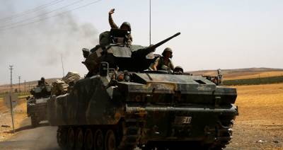 Two Turkish soldiers killed 15 injured by ISIS