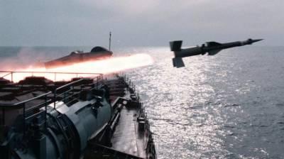 Russian Submarine docks at Karachi Port, India perturbed