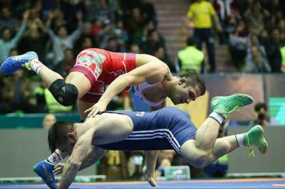 Iran crushes US in World Wrestling Championship final