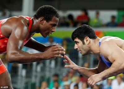 Iran - US lock horns in Wrestling World Cup final