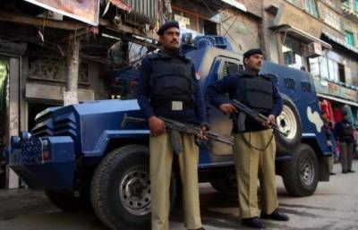 KP Police crackdown against Afghan nationals in Peshawar