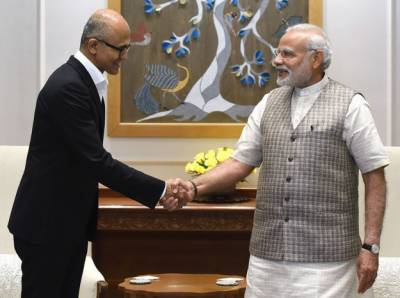 PM Narendra Modi urges US for Indian skilled workers Visa