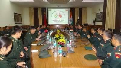 New DelhiChinese Armies to setup hotline