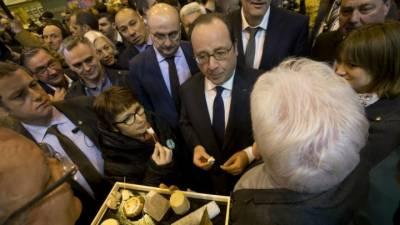 French President Hollande hits back at Trump