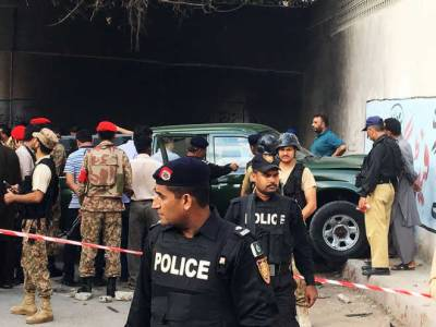 Karachi Police gunned down two high profile ISIS commanders