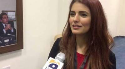 Momina Mustehsan speaks about PSL