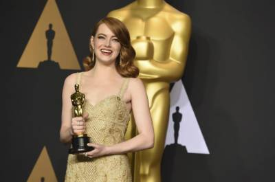 Emma Stone wins best actress Oscar for 'La La Land'