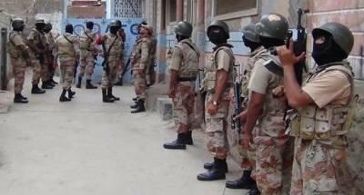 Karachi Gang War criminals gun battle on Sunday