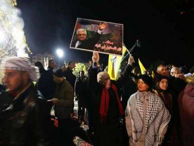 Facebook axe falls on Palestinian President Party Fatah page