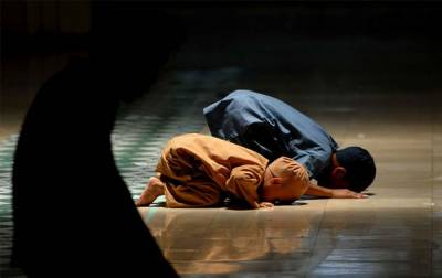 Muslim Children barred from offering Namaz in provocative style
