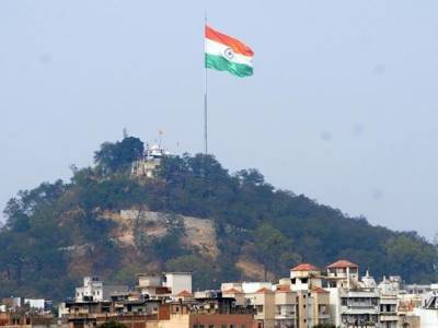 India's tallest flag at Wagah used for espionage of Lahore; Pak tells India