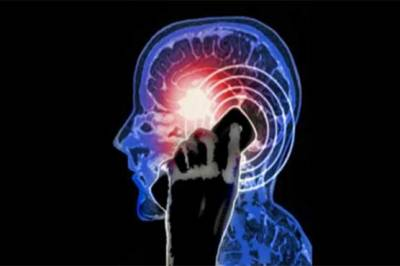 How mobile phone misuse can lead to brain cancer: Research Study