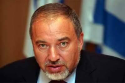 Israeli defence minister for deep strikes inside Syria