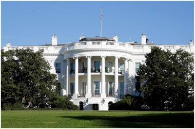 US Secret Service detains man with package outside White House: official