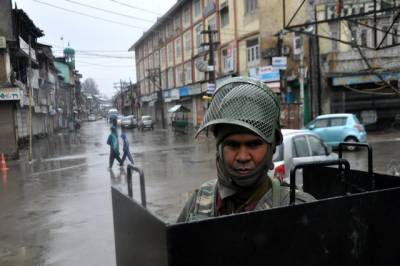 Election drama being conducted in IOK with heavy India troops: Hurriyat