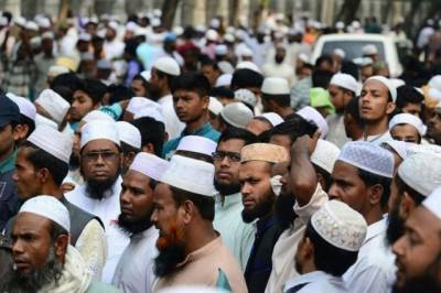 Over 100,000 Muslim clerics in Bangladesh rally against extremism