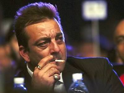 Non bailable arrest warrants issued for Bollywood star Sanjay Dutt