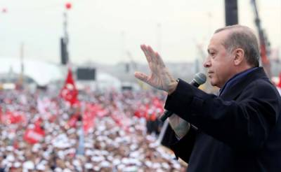 EU calls on Turkey to build national consensus after referendum
