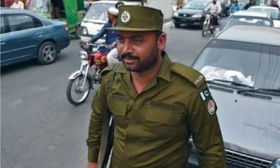 LHC dismisses plea against change of police uniform