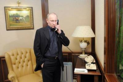Trump to hold telephonic conversation with Putin today