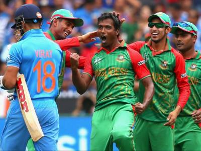 Two Bangladeshi bowlers banned for 10 years for protest against Umpire