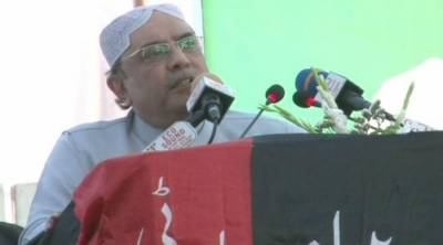 Asif Zardari hits out hard at Nawaz Sharif in Badin Jalsa
