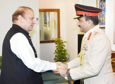 Pakistan, Sri Lanka need to further expand defense cooperation PM