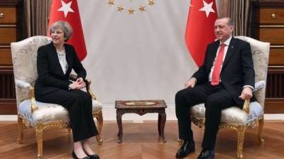 Erdogan, Theresa May discuss Syria peace efforts