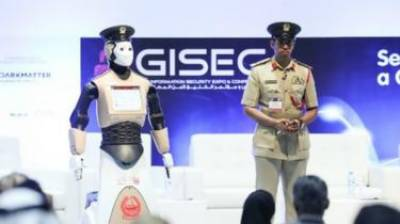 Dubai Police reveals Robot officer for patrolling duty