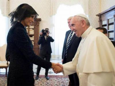 Why First lady Melania Trump did not wear head scarf in Saudi Arabia and did so in Vatican