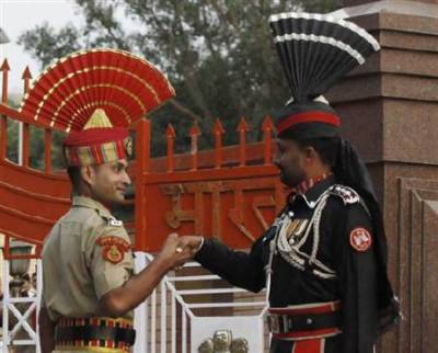 Indian BSF refuses to return Pakistani boy who mistakenly crossed zero line at Wagah