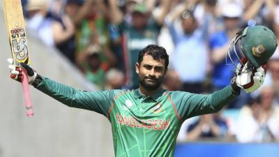 Tamim Iqbal leads Bangladesh against England in the opener of the Champions Trophy