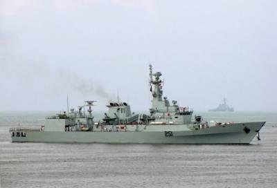 Pakistan Navy Ship left for Pakistan after tremendous job in Sri Lanka floods