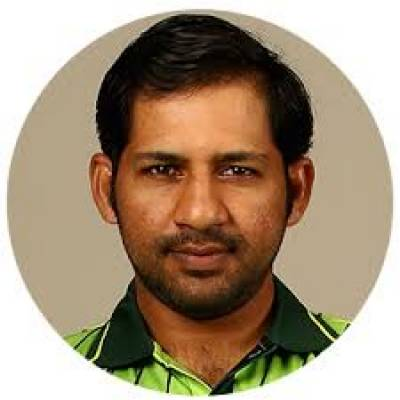Sarfraz Ahmed decision to bowl first against India stunned coach and team