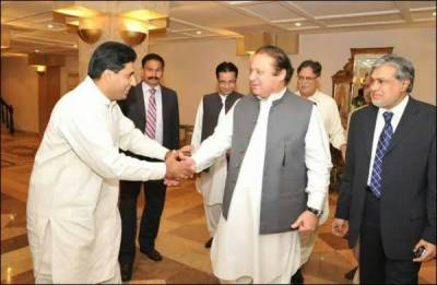 Malik Noor Awan who encountered Sheikh Rashid today turned out to be PML-N senior leader