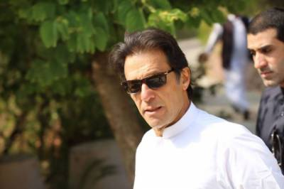 Imran Khan opens up another front against PM Nawaz Sharif