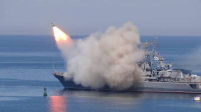 Russia fires cruise missiles at ISIS in Syria from Mediterranean submarines
