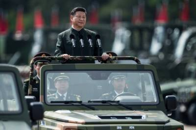 Xi JinPing honoured by mighty show of Chinese Army power in Hong Kong