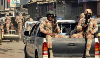 Sindh Rangers recover huge cache of weapons from Karachi