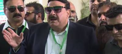Nation to stay ready as coffins will come out of Supreme Court: Sheikh Rashid