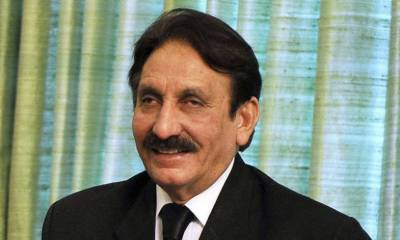 Nawaz Sharif has been disqualified for life time: Former CJP Iftikhar Ch