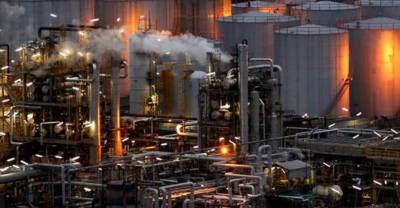 Pakistan China in talks with huge oil refinery near Lahore