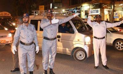 Karachi Traffic Police DSP martyred along with driver in Karachi
