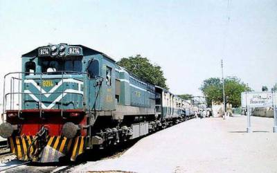 Pakistan Railways added 113 overhauled locomotives in last 4 years