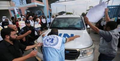 Palestinians stop UN Secretary General convoy