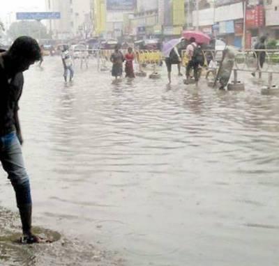 Rain plays havoc in Mumbai