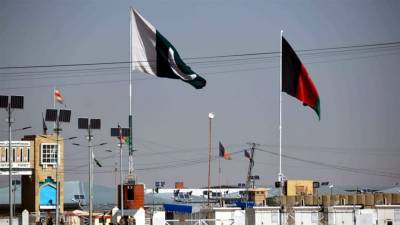 Pakistan offers Afghanistan joint patrols, fencing at border