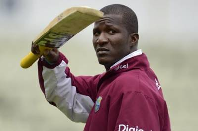 Skipper Darren Sammy shows defiance, refuse medal from his Board Chairman
