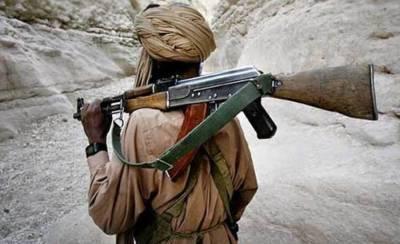 Top Ferrari commander along with nine militants surrender to state